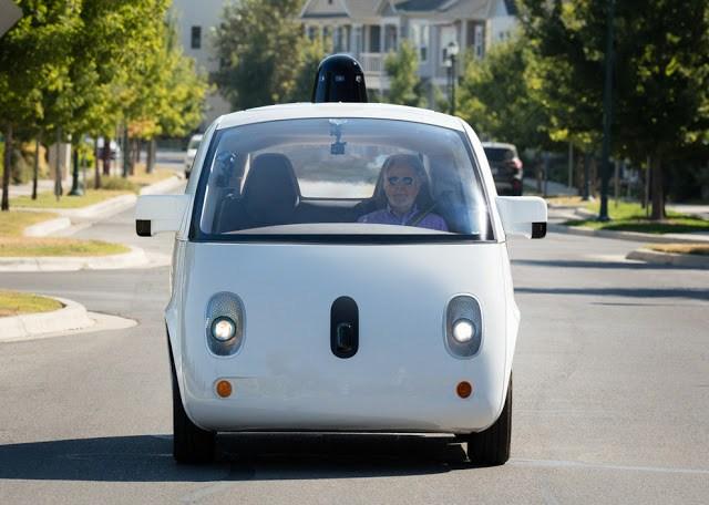Google´s self-driving car is beginning public trials