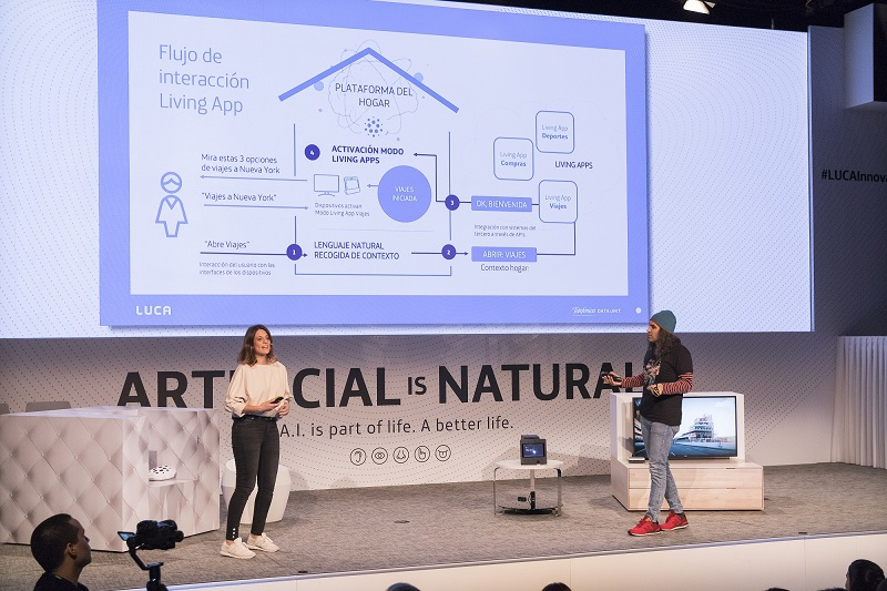 PHOTO 2: Chema Alonso and Ana Molina during their presentation of Movistar Living Apps.